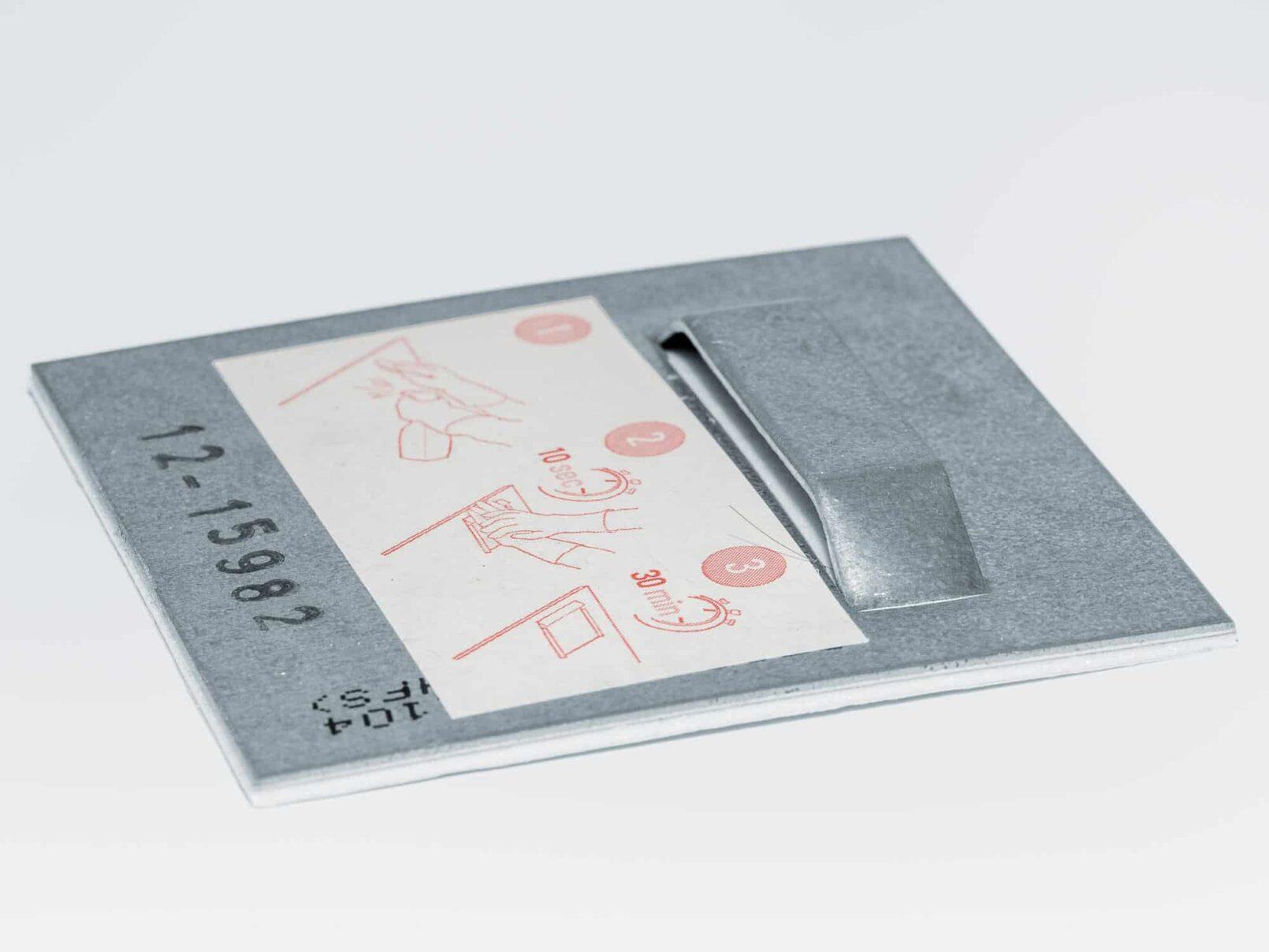Wandhalter 70*70 mm selbstklebend